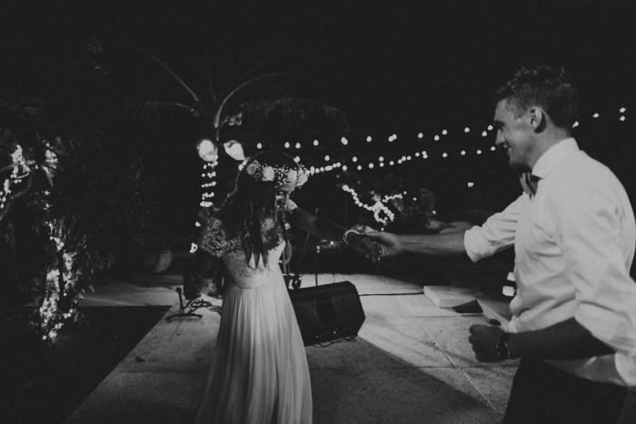 baliphotography-baliweddingphotographers-uluwatusurfvillawedding-lembonganwedding-lombokweddingphotography-pandeheryana_100