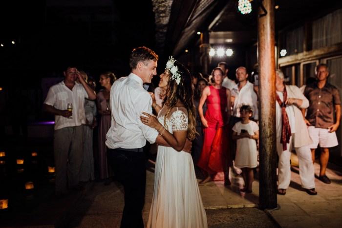 baliphotography-baliweddingphotographers-uluwatusurfvillawedding-lembonganwedding-lombokweddingphotography-pandeheryana_101