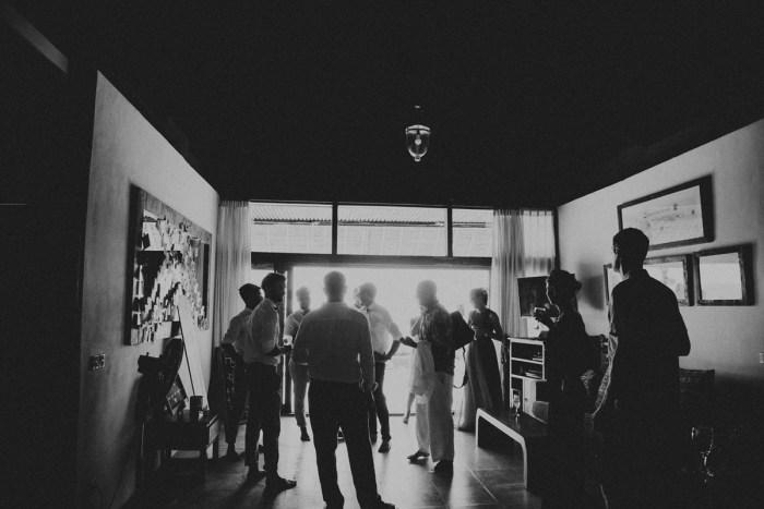 baliphotography-baliweddingphotographers-uluwatusurfvillawedding-lembonganwedding-lombokweddingphotography-pandeheryana_33