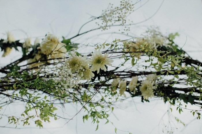 baliphotography-baliweddingphotographers-uluwatusurfvillawedding-lembonganwedding-lombokweddingphotography-pandeheryana_52_
