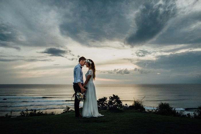 baliphotography-baliweddingphotographers-uluwatusurfvillawedding-lembonganwedding-lombokweddingphotography-pandeheryana_90