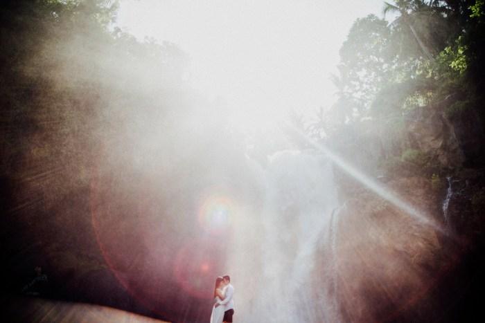 baliweddingphotography-preweddinginbali-engagementphotoinbali-pandeheryana-lembonganprewedding-lombokweddingphotography_22