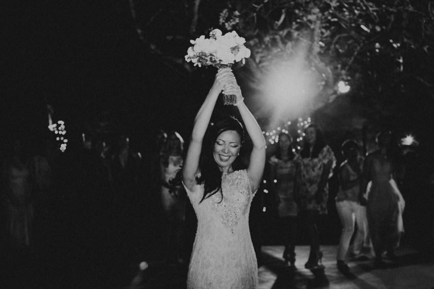 ApelPhotographyh-amanusavillaweddingamanusanusadua-weddingphotography-photographersinbali-lombokweddingphotographers-lembonganaweddingphotgraphers-93