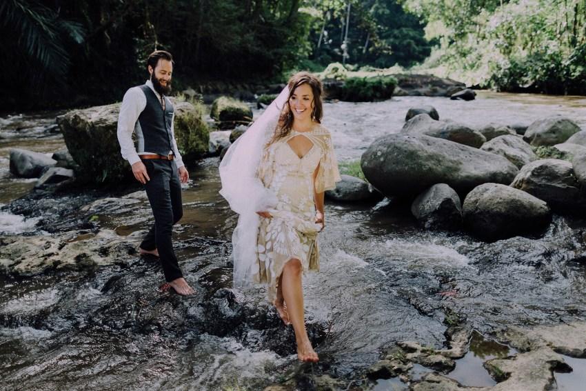 baliweddingphotographers-bambuindahresortubud-weddinginbali-weddingphotography-pandeheryana-bestweddingphotography-lombokweddingphoto-lembonganwedding-topweddingphotographersinbali-60