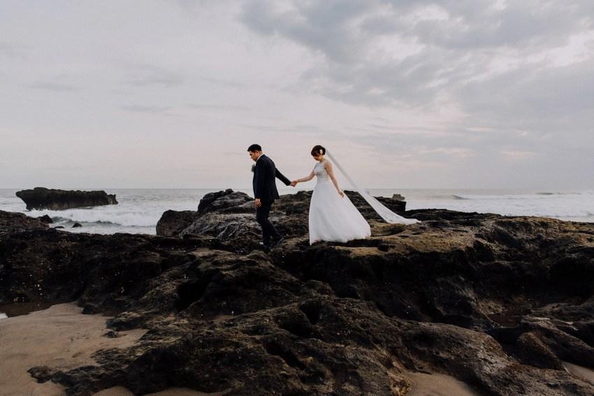 baliweddingphotographers-pandeheryana-lombokweddingphotographers-lembonganweddingphotographers-destinatinwedding-beachwedding-bestweddingphotograhpers_1
