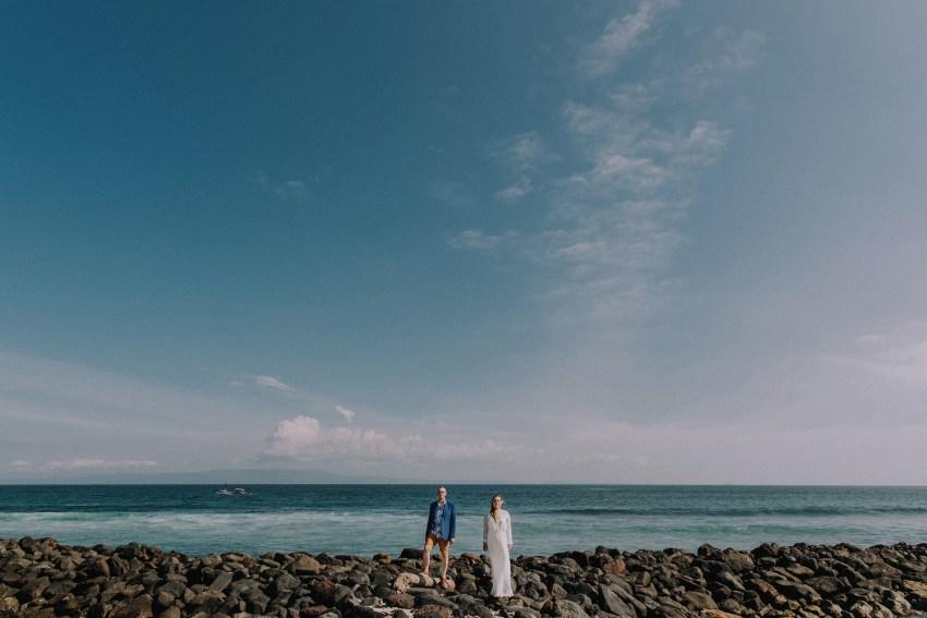 baliweddingphotographers-weddinginkarangasembukitasah-engagementphotography-elopmentweddinginbali-pandeheryana-lombokweddingphotographers-lembonganwedding-apelphotography-11