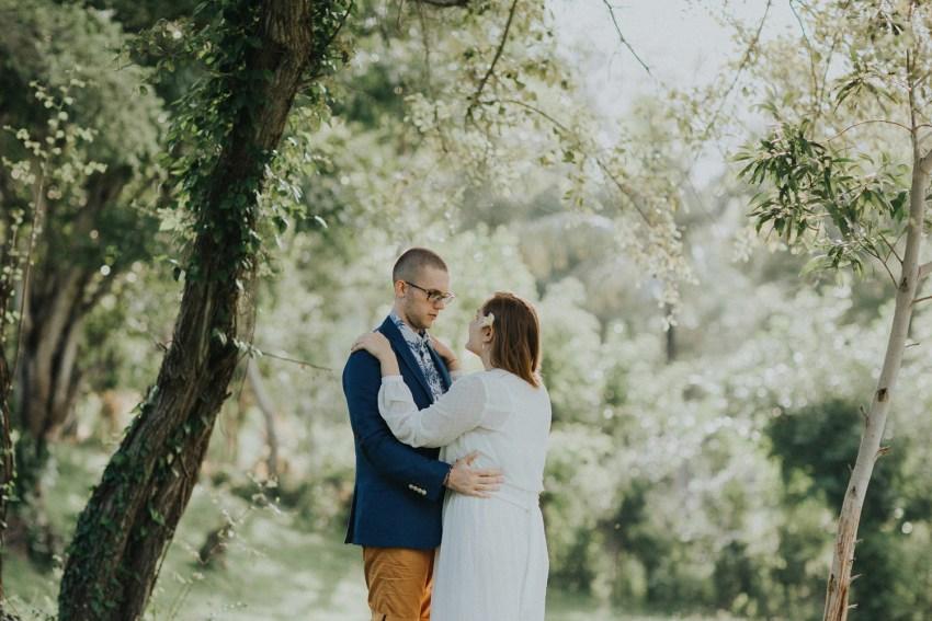 baliweddingphotographers-weddinginkarangasembukitasah-engagementphotography-elopmentweddinginbali-pandeheryana-lombokweddingphotographers-lembonganwedding-apelphotography-26