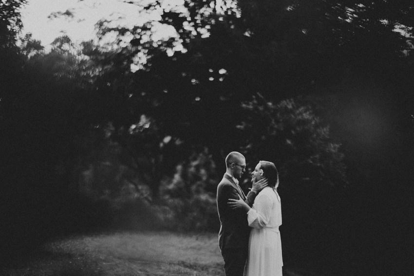 baliweddingphotographers-weddinginkarangasembukitasah-engagementphotography-elopmentweddinginbali-pandeheryana-lombokweddingphotographers-lembonganwedding-apelphotography-33