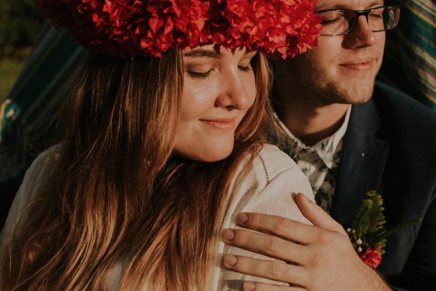baliweddingphotographers-weddinginkarangasembukitasah-engagementphotography-elopmentweddinginbali-pandeheryana-lombokweddingphotographers-lembonganwedding-apelphotography-35