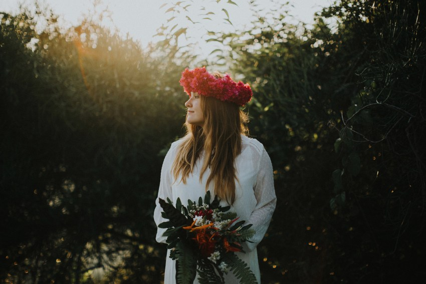 baliweddingphotographers-weddinginkarangasembukitasah-engagementphotography-elopmentweddinginbali-pandeheryana-lombokweddingphotographers-lembonganwedding-apelphotography-39