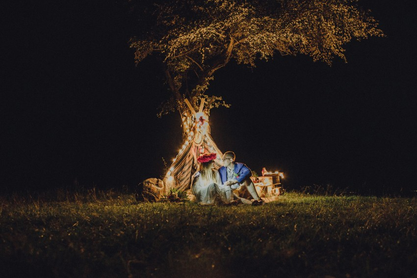 baliweddingphotographers-weddinginkarangasembukitasah-engagementphotography-elopmentweddinginbali-pandeheryana-lombokweddingphotographers-lembonganwedding-apelphotography-61