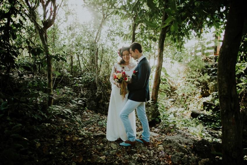 baliweddingphotography-uluwatusurfvillawedding-lombokweddingphotographers-baliphotographers-pandeheryana-bestphotographersinbali-42