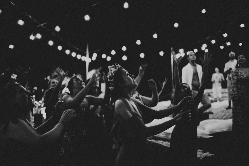 apelphotography-baliweddingphotography-lombokwedding-lembonganwedding-uouwatusurfvillawedding-bestweddingphotographersinbali_120
