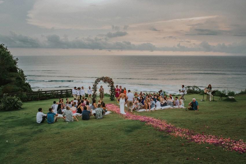 apelphotography-baliweddingphotography-lombokwedding-lembonganwedding-uouwatusurfvillawedding-bestweddingphotographersinbali_62