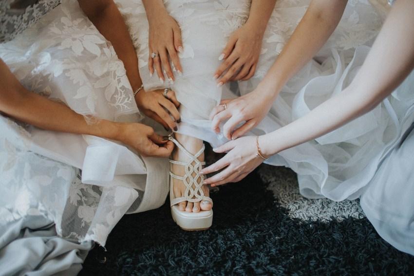 apelphotography-baliweddingphotography-phalosavillawedding-pandeheryana-bestphotographersinbali-weddingphotographersbali-35