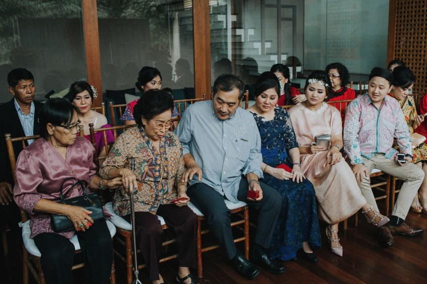 apelphotography-baliweddingphotography-phalosavillawedding-pandeheryana-bestphotographersinbali-weddingphotographersbali-76