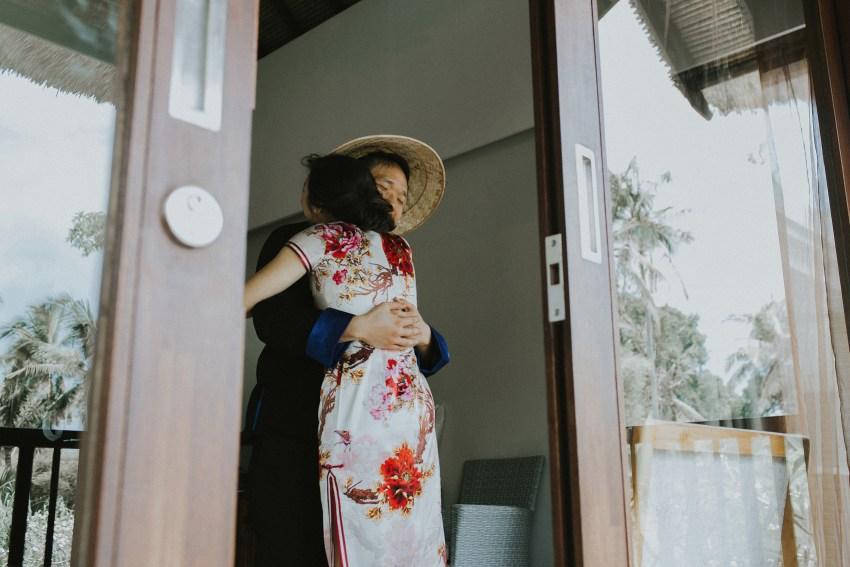 baliweddingphotography-sesehbeachvillawedding-pandeheryana-baliphotographers-apelphotography-36