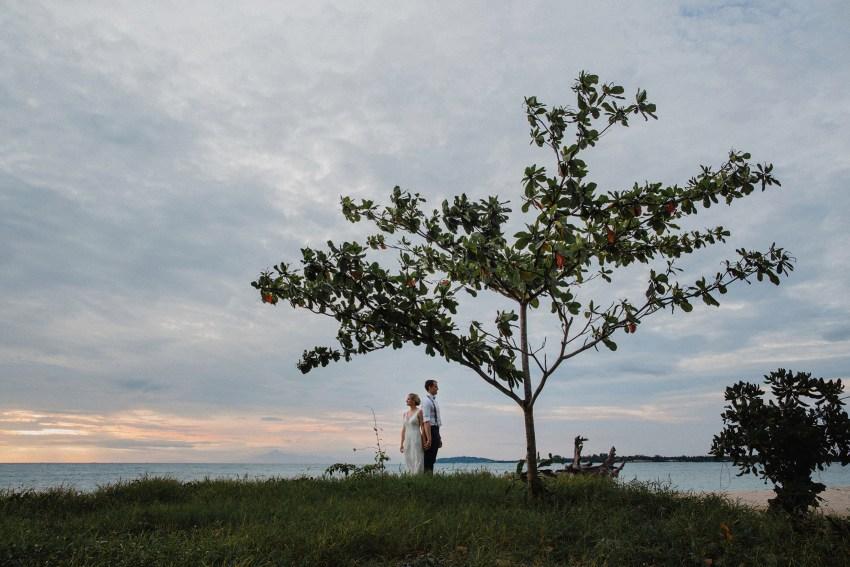 apelphotography-baliweddingphotographers-lombokweddingphotographers-sirabeachhousewedding-villasepoisepoi-lembonganwedding-81