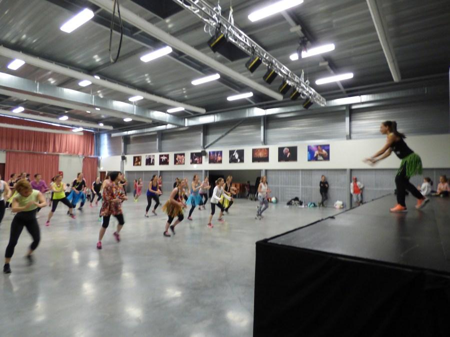 Danses autour du monde APE Ondres