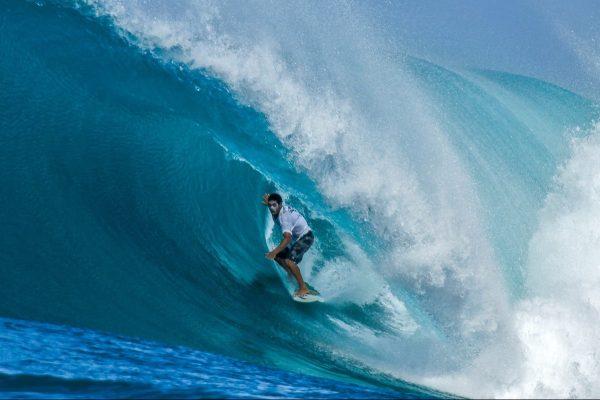 surf travel auction