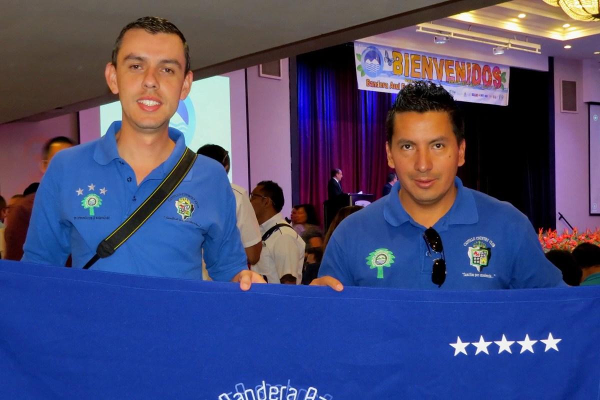 AyA entregó galardón Bandera Azul 2017