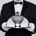 ¿El servicio de saloneros tiene el 13% cuando es suministrado por un catering?