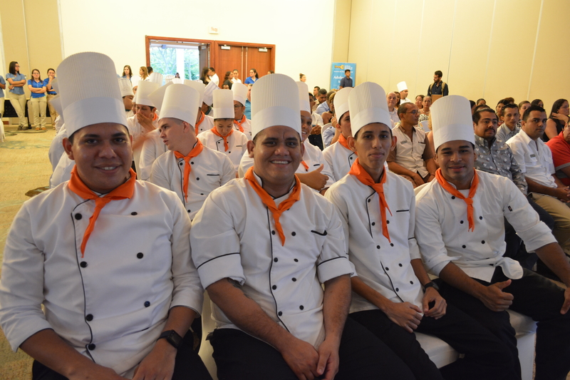 INA gradúa a 55 estudiantes en Cocina y A&B