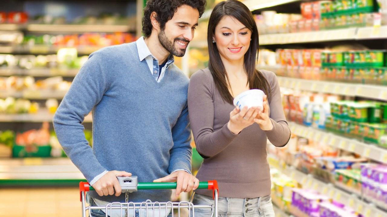 Latinoamericanos buscan alimentos más saludables a través de lectura de etiqueta de productos