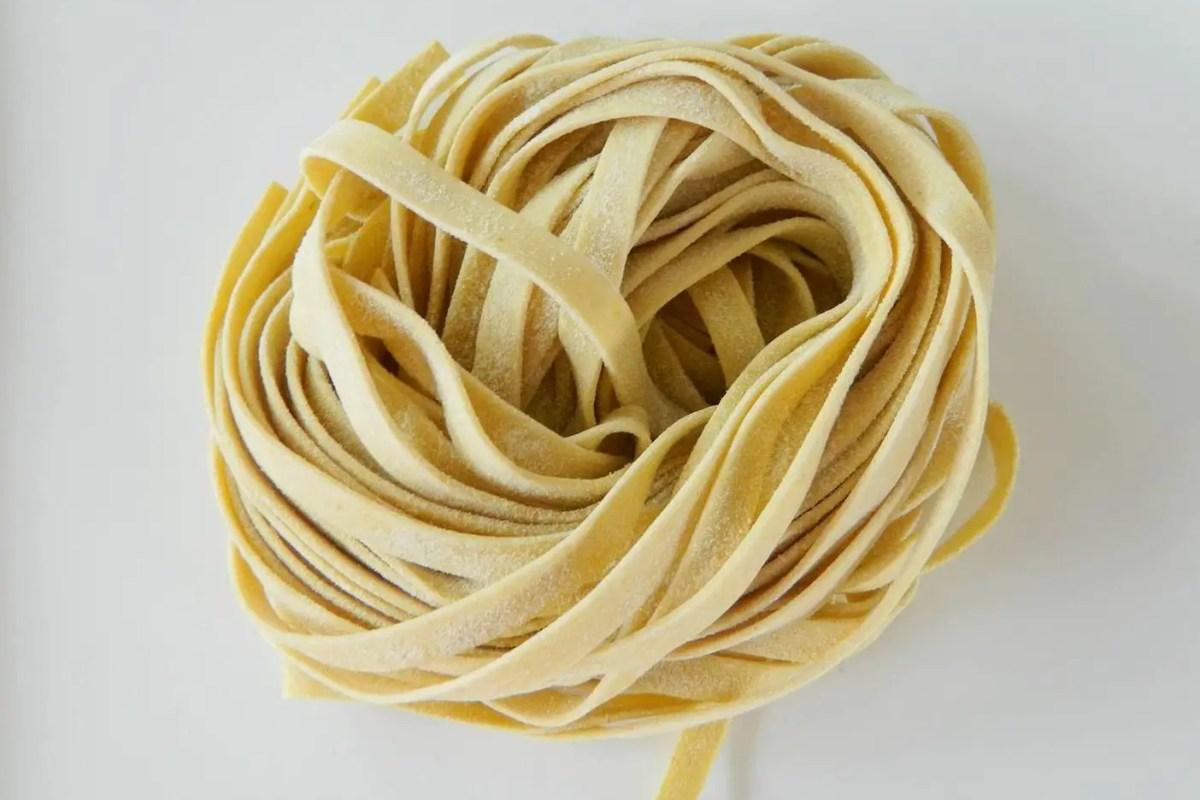 Pasta nacional con sello italiano