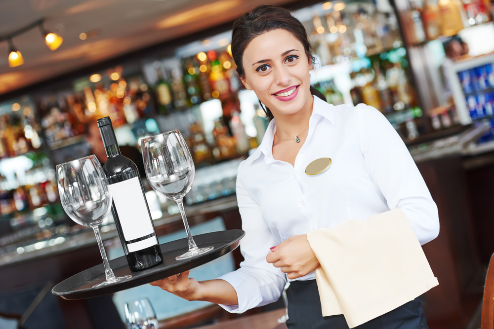 https://i2.wp.com/www.apetitoenlinea.com/wp-content/uploads/2019/05/restaurant-jobs2.jpg?resize=1000%2C667&ssl=1