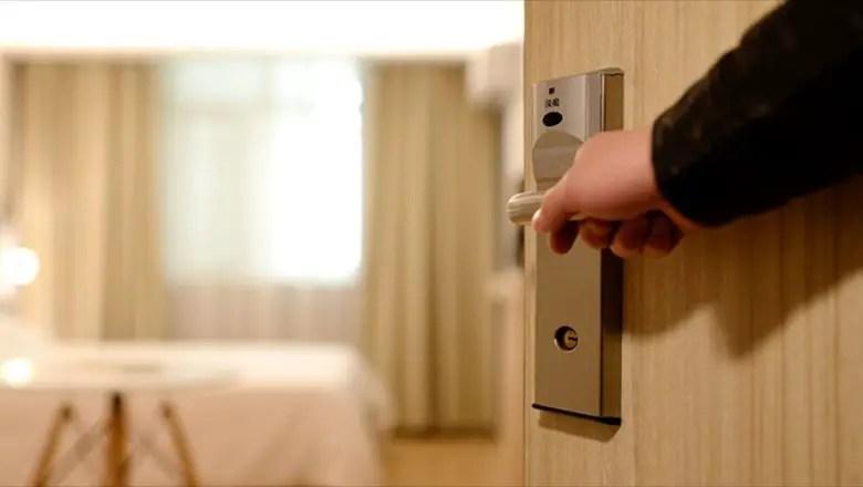 https://i2.wp.com/www.apetitoenlinea.com/wp-content/uploads/2020/04/8-hotel-door.jpg?resize=780%2C440&ssl=1