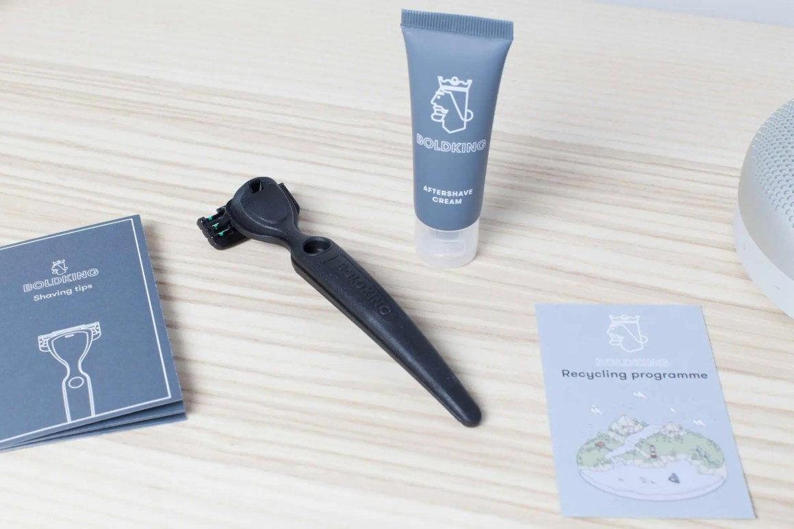 Boldking Shaving by Ape - Ape to Gentleman