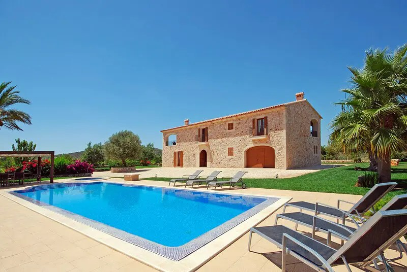 5-bedrooms-country-house-mallorca-spain-travelopo-meta-image-53mq03