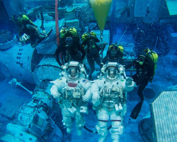 """""""NASA Astronauts Will Move Underwater in a 14-Day Experiment"""""""