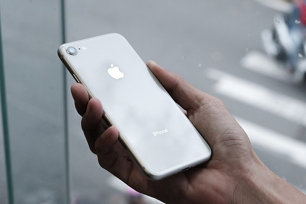 Silver iPhone 8