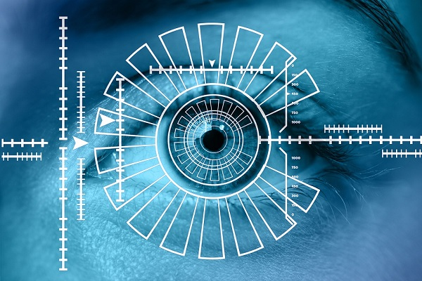Google's new AI can predict heart risks by scanning your eyes