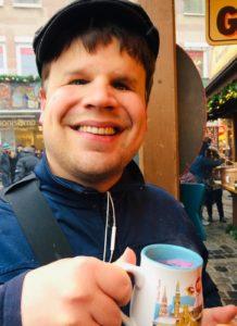 Roman Van Genabith <br> Podcaster | Der Apfelplausch