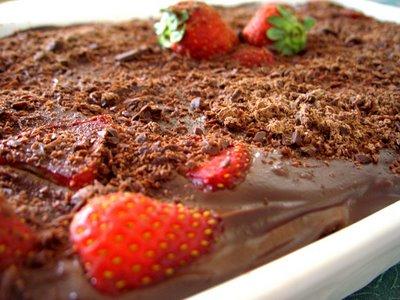 17_44_24_442_pav___de_chocolate_e_morango1