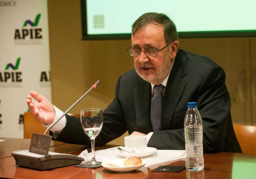 Jesús Pascual, presidente de Arce Media, durante el acto de presentación del informe i2p sobre inversión publicitaria en medios en 2014.