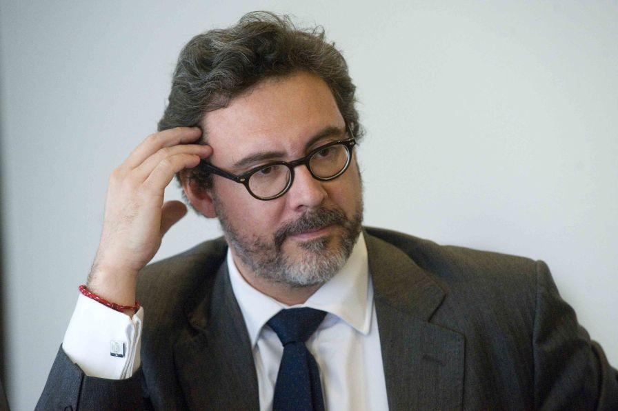 Raúl García, ocio responsable del área de Derecho Laboral de Ernst & Young Abogados, durante su ponencia en el Curso de Economía de APIE.