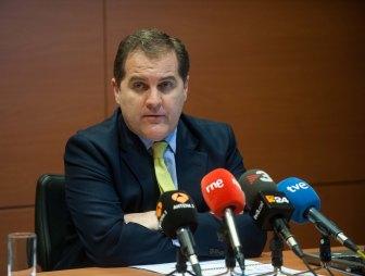 Jose Manuel Vargas, presidente de AENA, durante su intervención en la cuarta jornada del Curso de Economía organizado por APIE.