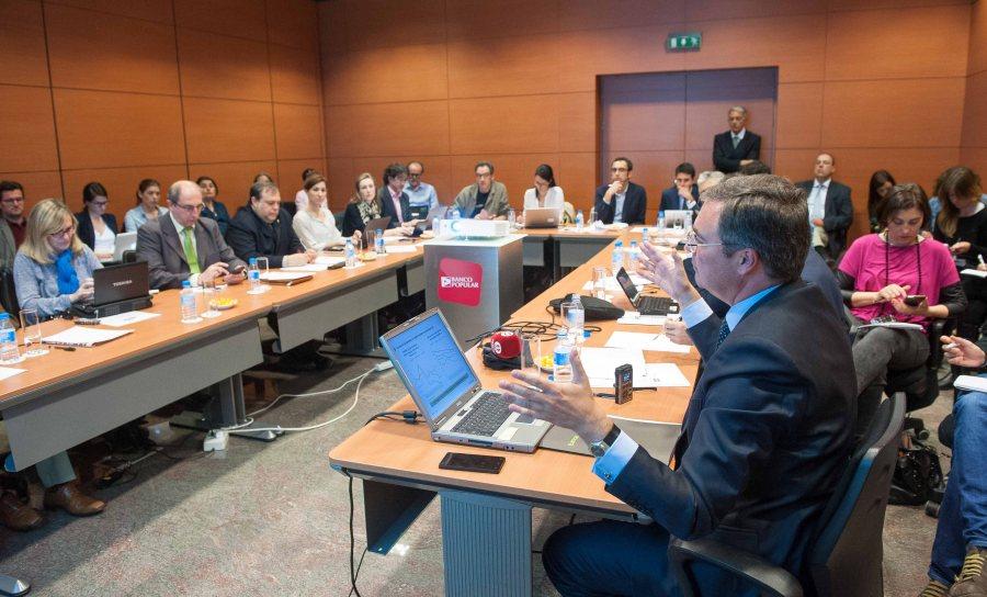 La Quinta Jornada del Curso de Economía de APIE reunió a numerosos medios de comunicación.