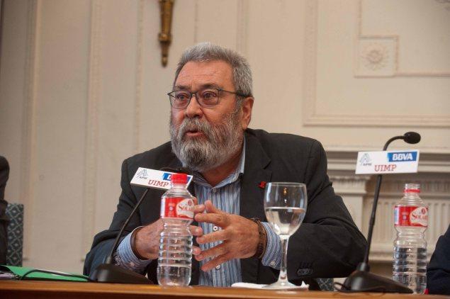 Cándido Méndez, Secretario General de UGT, durante su intervención en el Curso de Verano de la APIE.
