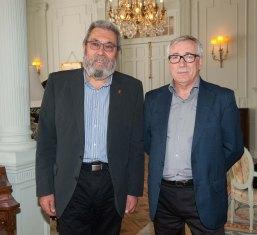Cándido Méndez, Secretario General de UGT, junto a Ignacio Fernández Toxo, Secretario General de Comisiones Obreras, posan antes de su intervención en el Curso de Verano de la APIE.