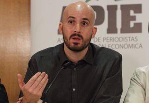 Nacho Alvarez, responsable económico de Podemos, en el debate sobre política económica organizado por la Asociación  de Periodistas de Información Económica (APIE).