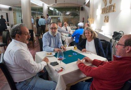 Varios momentos de la celebración del XXII Torneo de Mus de la APIE.