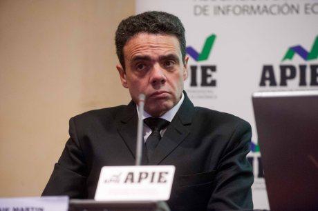 Enrique Martín, Director General Técnico de Arce Media, durante la presentación del informe 12p sobre inversión publicitaria en medios.