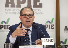 Lorenzo Amor, presidente de la Federación Nacional de Asociaciones de Trabajadores Autónomos (ATA) durante la rueda de prensa celebrada con la colaboración de APIE.
