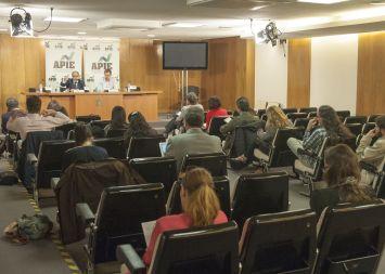 Una vista general de la rueda de prensa de Lorenzo Amor, presidente de la Federación Nacional de Asociaciones de Trabajadores Autónomos (ATA), celebrada con la colaboración de APIE.