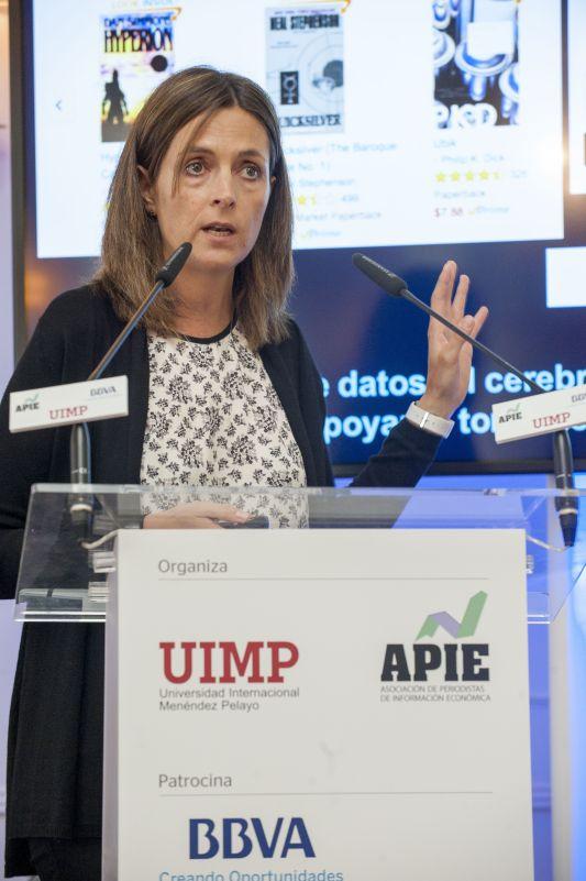 Elena Alfaro, Directora de BBVA Data & Open Innovation, durante su intervención en el curso de economía organizado por APIE en la Universidad Internacional Menéndez Pelayo de Santander.